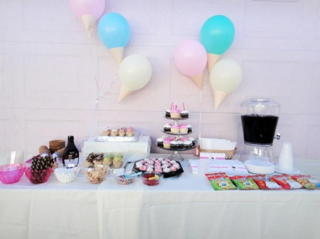 ice cream party display table